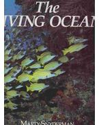 The Living Ocean - Marty Snyderman