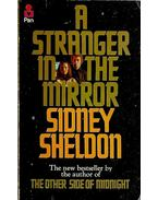 A Stranger in the Mirror - Sidney Sheldon