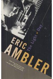 The Light of Day - Ambler, Eric - Régikönyvek