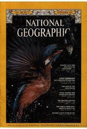 National Geographic 1974 September - Bell Grosvenor, Melville - Régikönyvek