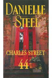 Charles Street 44 - Danielle Steel - Régikönyvek