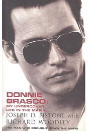 Donnie Brasco - PISTONE, JOSEPH D. - WOODLEY, RICHARD - Régikönyvek