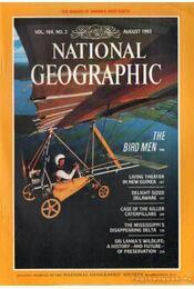 National geographic 1983 August - Bell Grosvenor, Melville - Régikönyvek