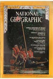 National geographic 1972 June - Bell Grosvenor, Melville - Régikönyvek