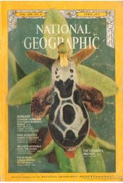 National Geographic 1971 April - Bell Grosvenor, Melville - Régikönyvek