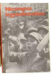 Nicaragua legyőzhetetlen (mini) - Régikönyvek