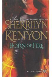 Born of Fire - Sherrilyn Kenyon - Régikönyvek